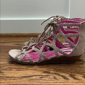 Steve Madden lace up sandals size 3
